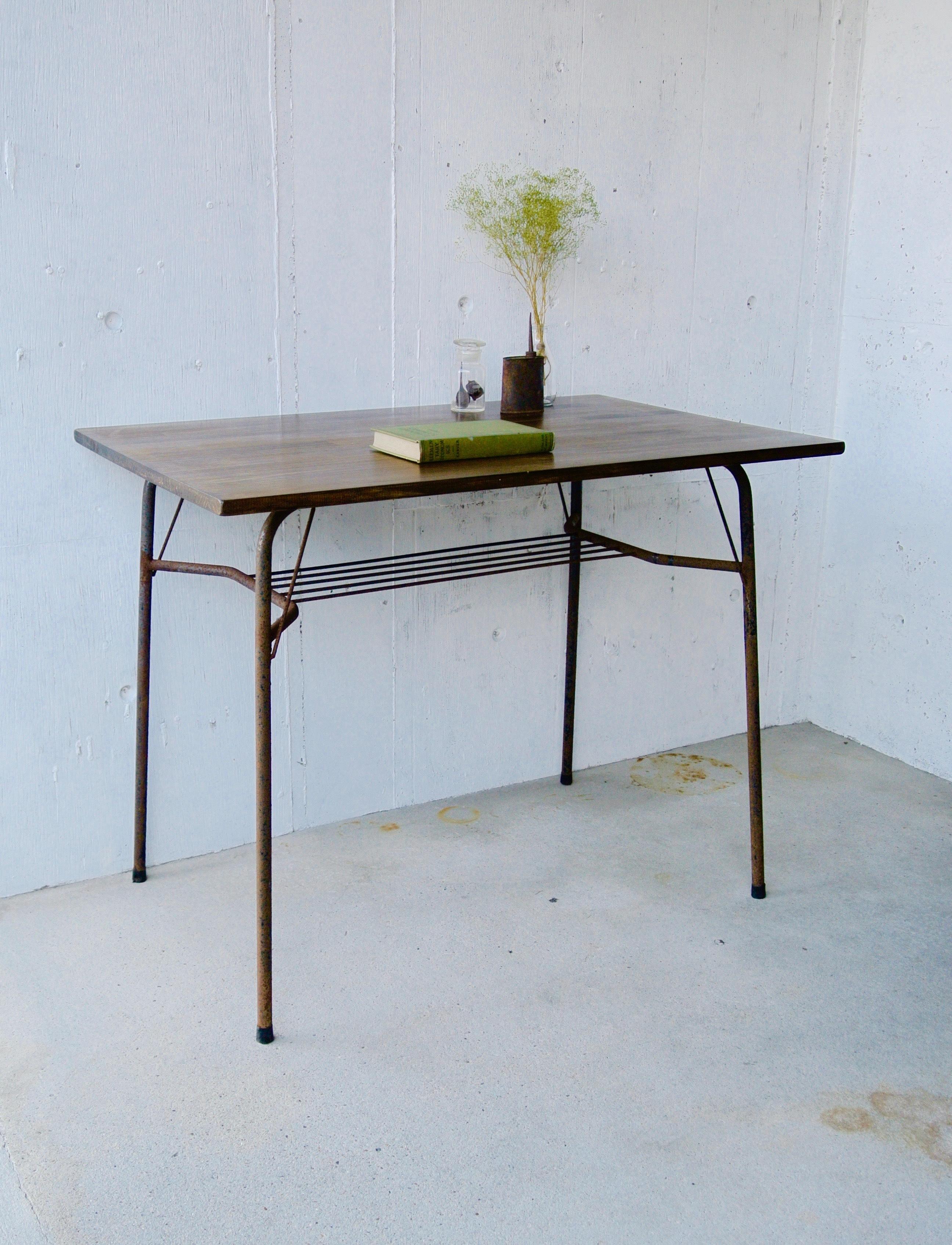 濃い木味×サビ脚のテーブル[オリジナルリメイク]