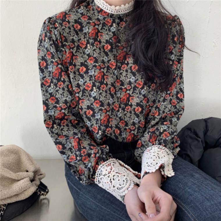 【送料無料】 レトロな花柄がロマンチック♡ 大人可愛い レース付き 総柄 シャツ トップス スタンドカラー