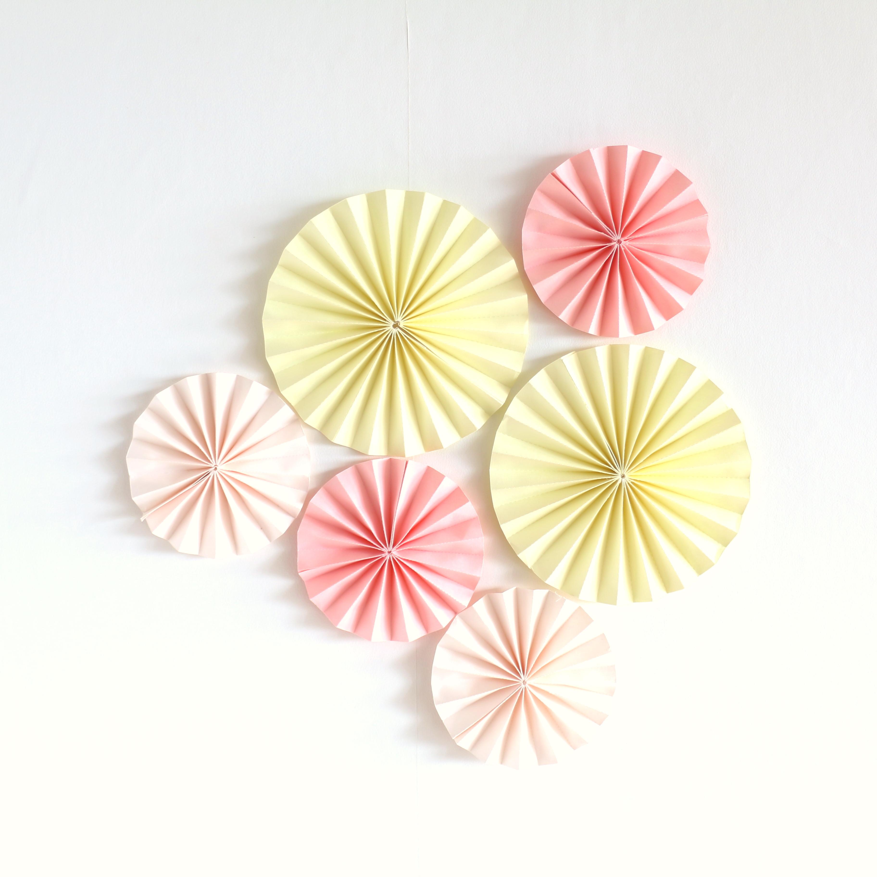 【全2カラー】ペーパーファン6個セット 誕生日 飾り付け デコレーション