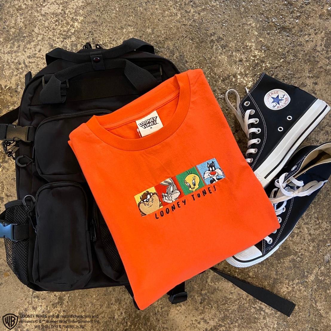 【ルーニーテューンズ】オーバーシルエット フロント刺繍 半袖Tシャツ NO0530103