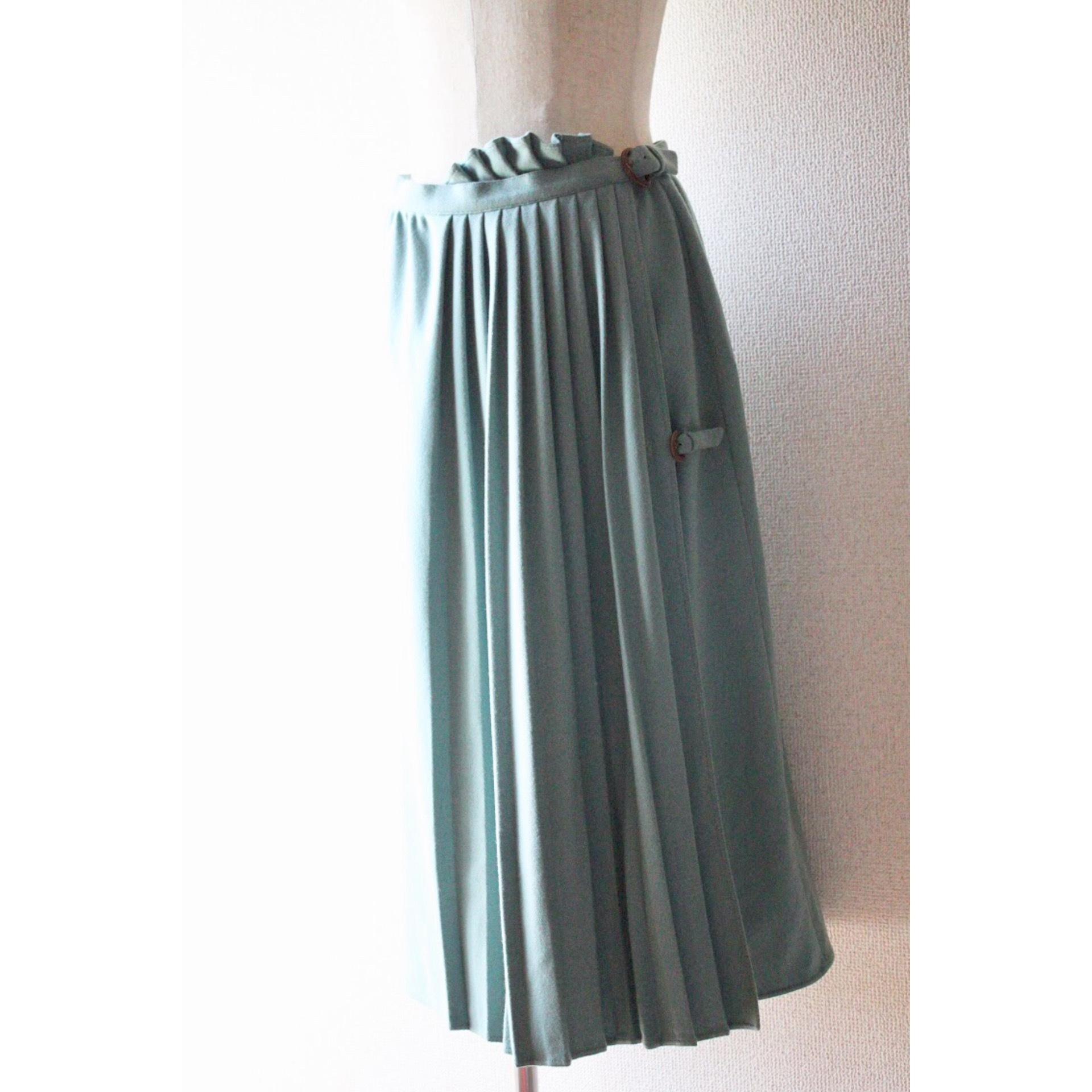 Vintage pleated skirt