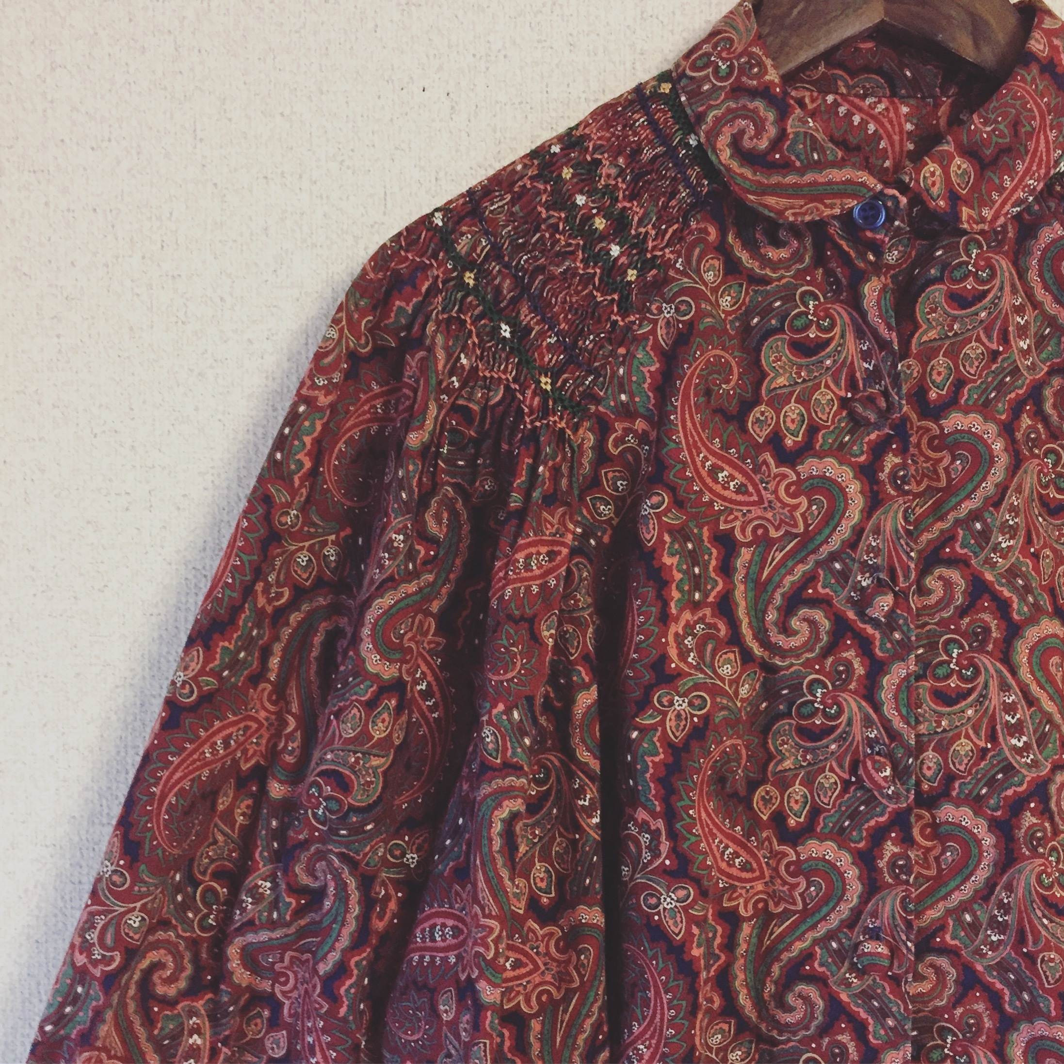 vintage wide sleeve paisley tops