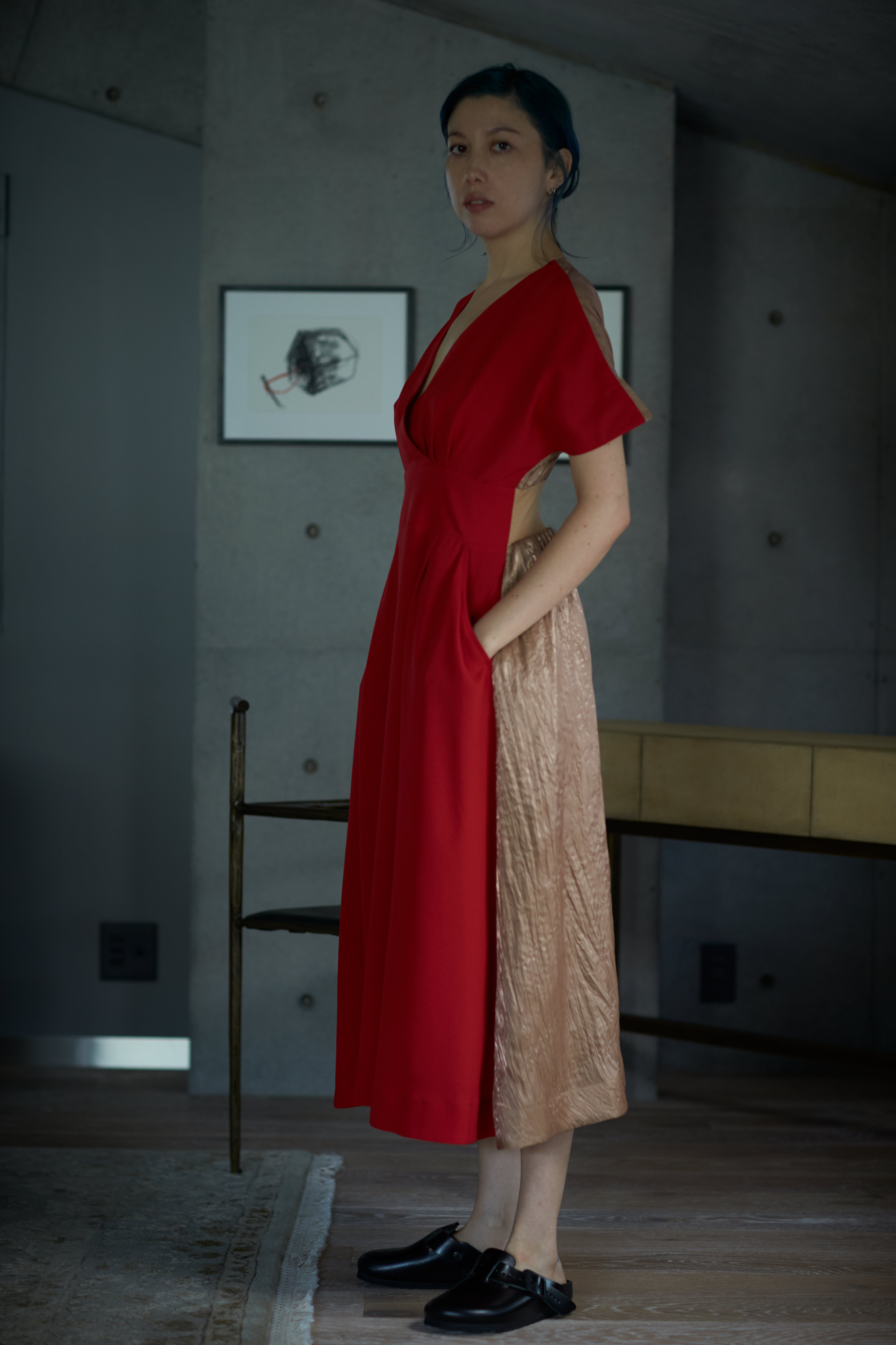 【予約販売】V DRESS - RED x BEIGE