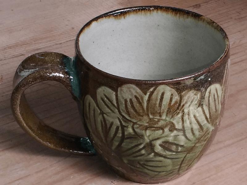 カフェオレが似合うマグカップ(ひまわり) 青陶舎 青柳晃 やちむん