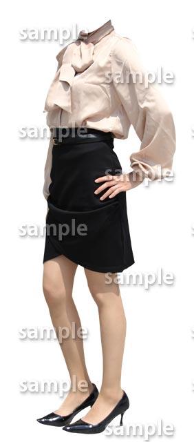 女性全身ブラウス黒スカート斜めB