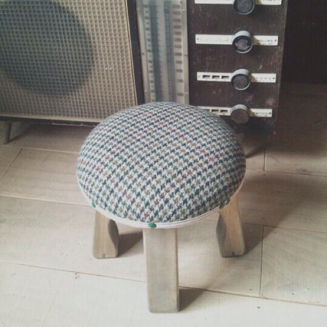 wood market 背の低い椅子 千鳥