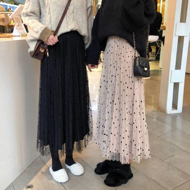 【送料無料】ふんわりガーリーなプリーツスカート♡ ドット柄 ミモレ丈 ベルベット ハイウエスト