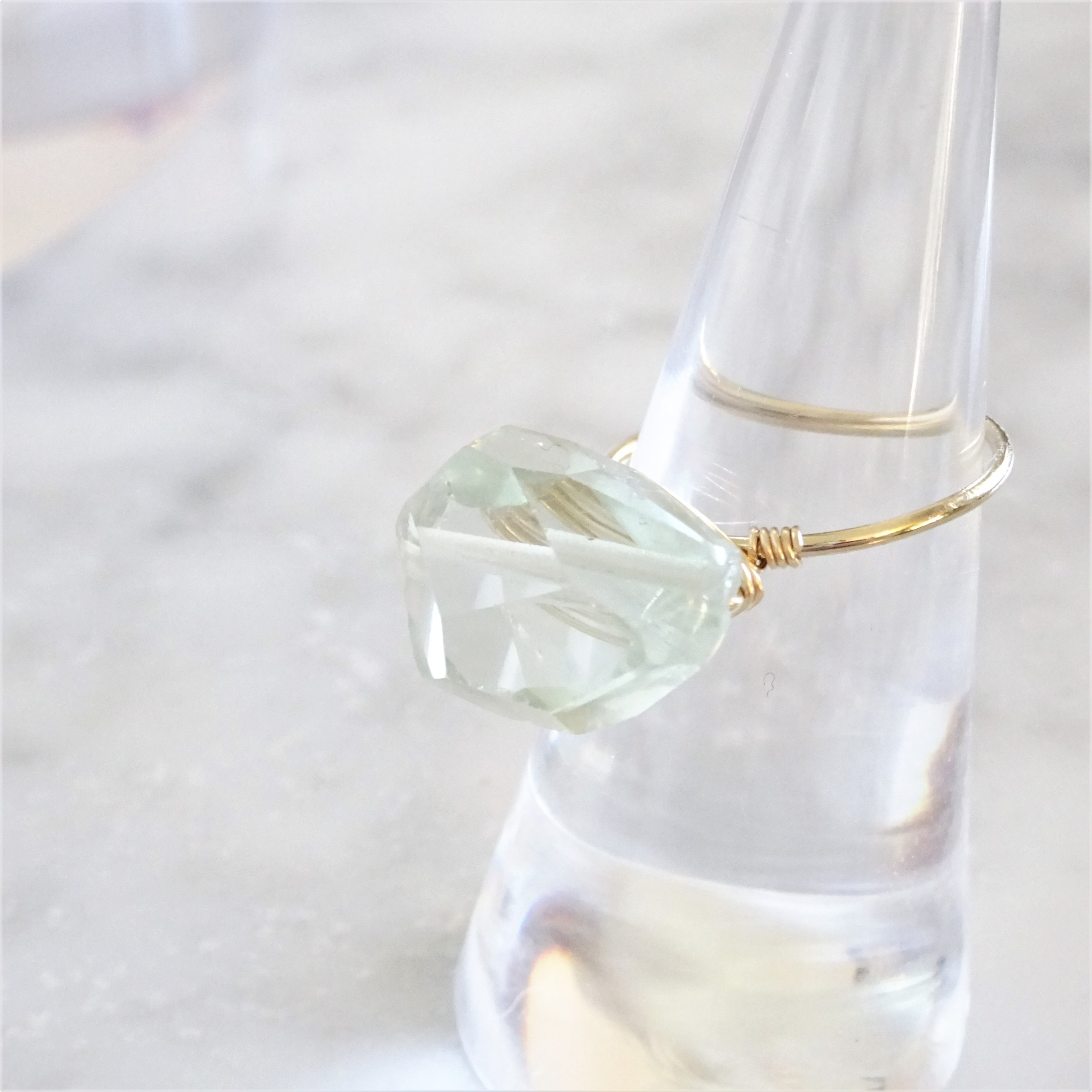 14kgf*宝石質Green Amethyst wrapped ring