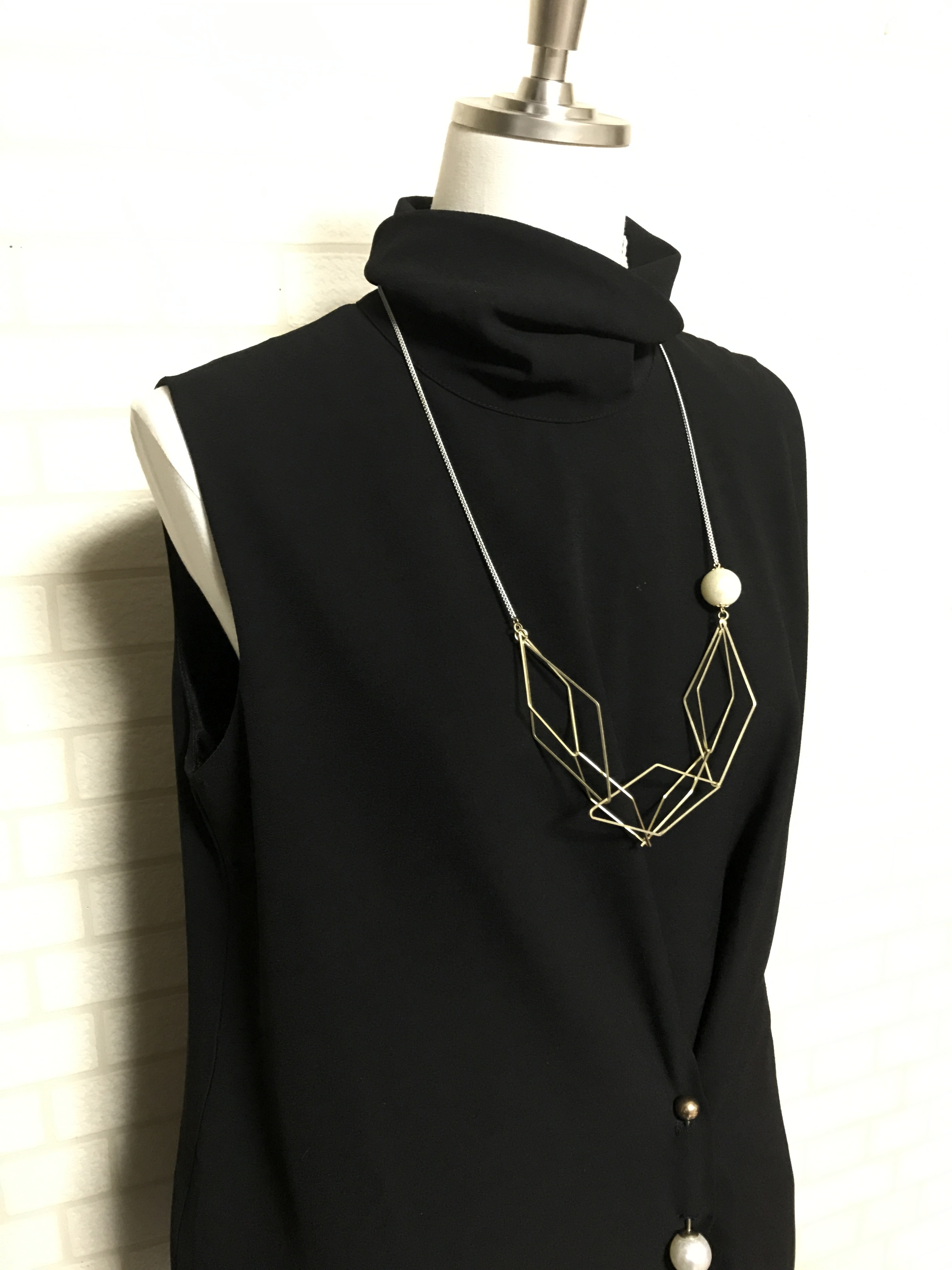 【 UNSEABLE 】Gold diamond  necklace