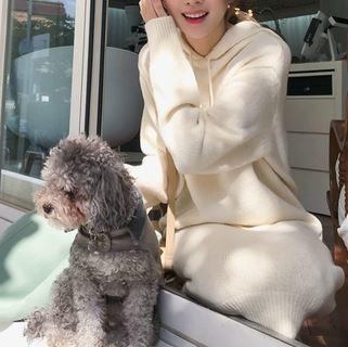 ホワイトニットで可愛くオシャレに フード付き ワンピース 長袖 萌え袖 カジュアルガーリー デイリーユース キュート クリームアイボリー