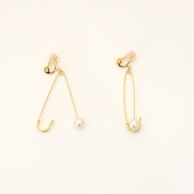 Safety pin earring 【Aquvii】
