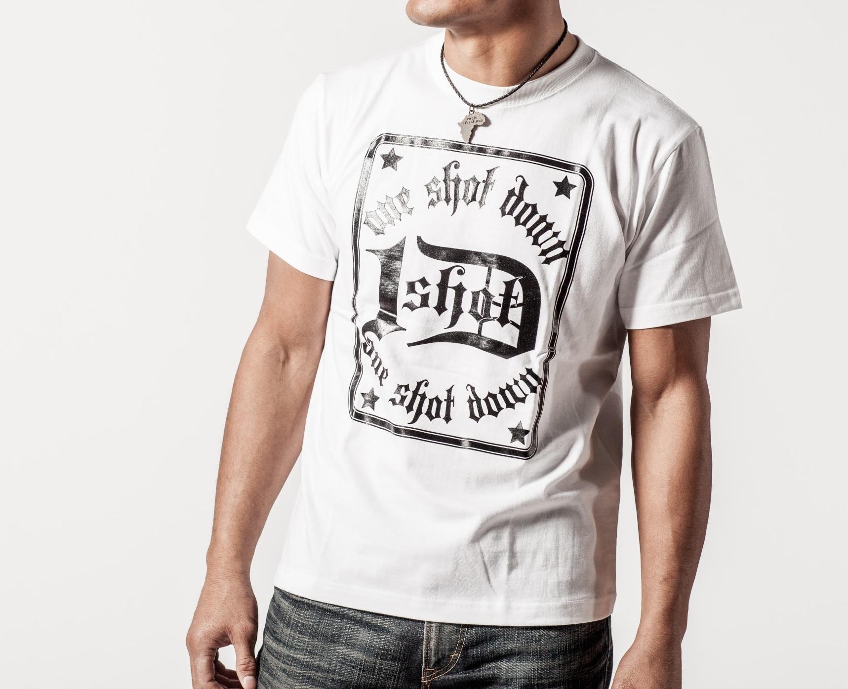 ONESHOTDOWN トランプスタイル デザイン Tシャツ - 画像2