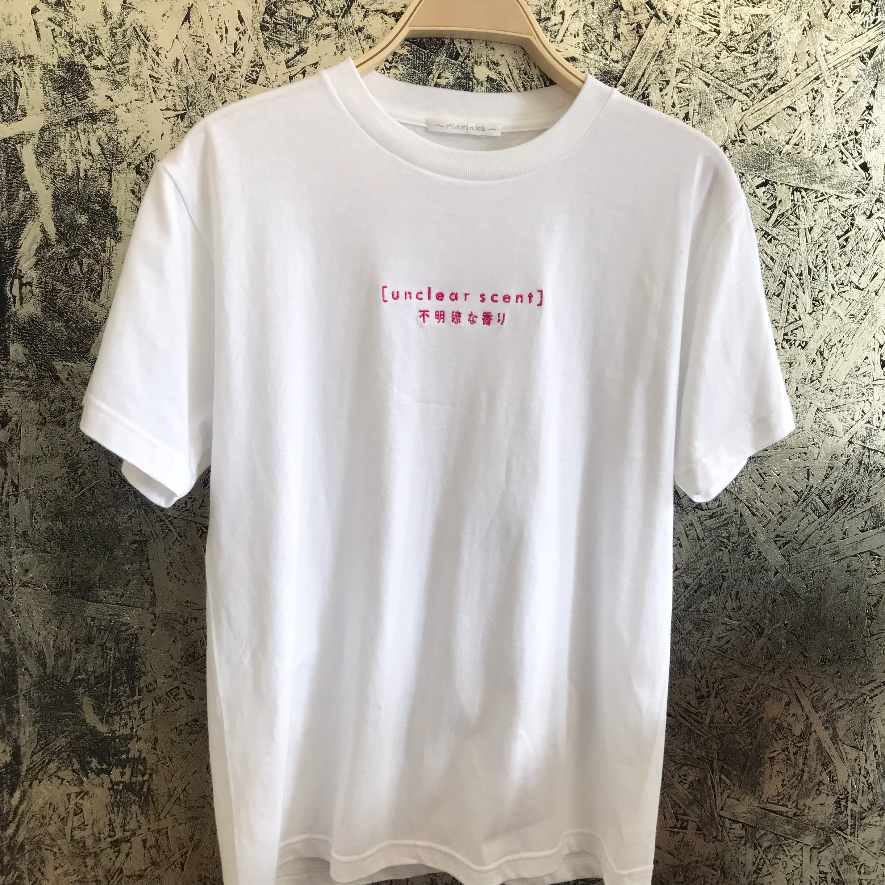 19SS unclear scent logo T-shirt〈White×Pink〉