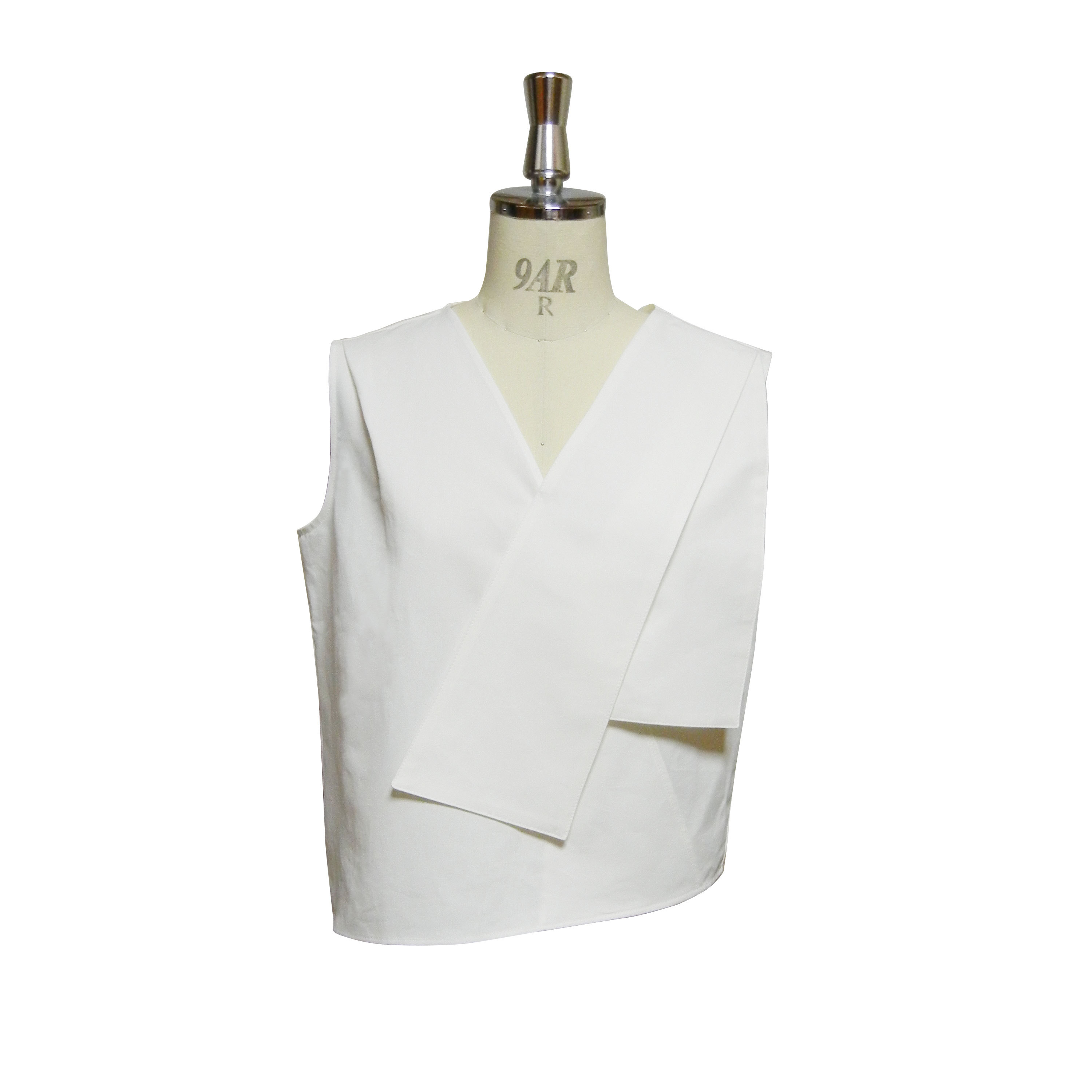 WHITE FOLD SLEEVELESS