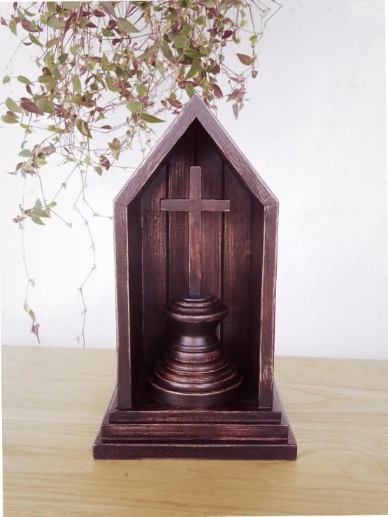 教会と十字架・クロスのオブジェ(ダークカラー)[在庫あり]