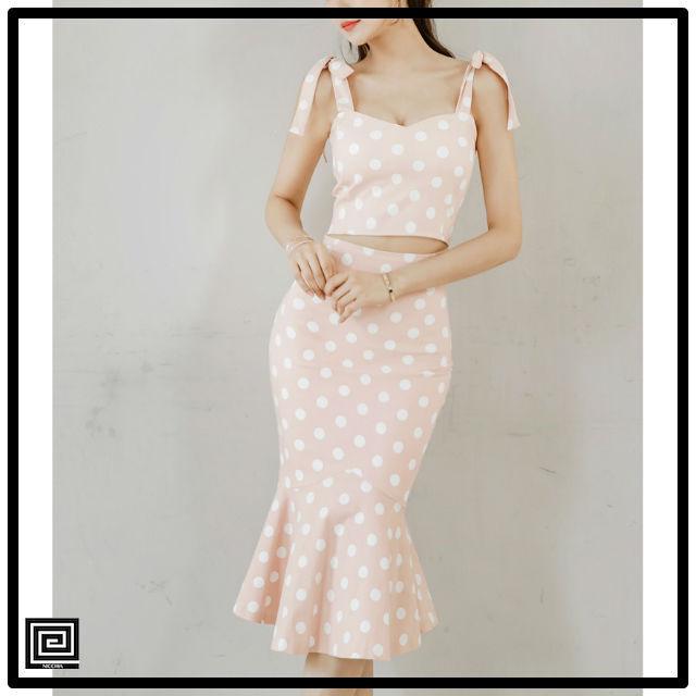 ピンクスパゲッティストラップマーメイドドレス