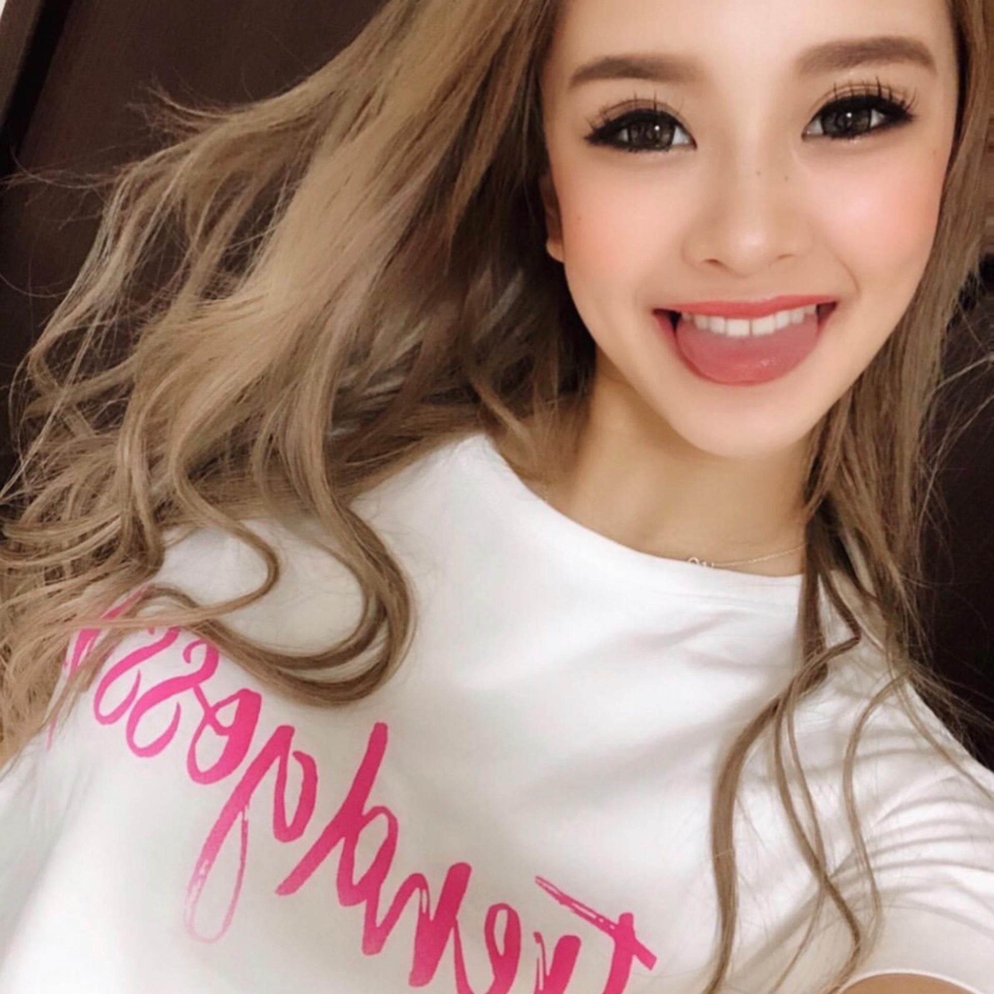 【即納】TrendGossipピンクロゴクロップドTシャツ/オリジナル/White、Black2色展開