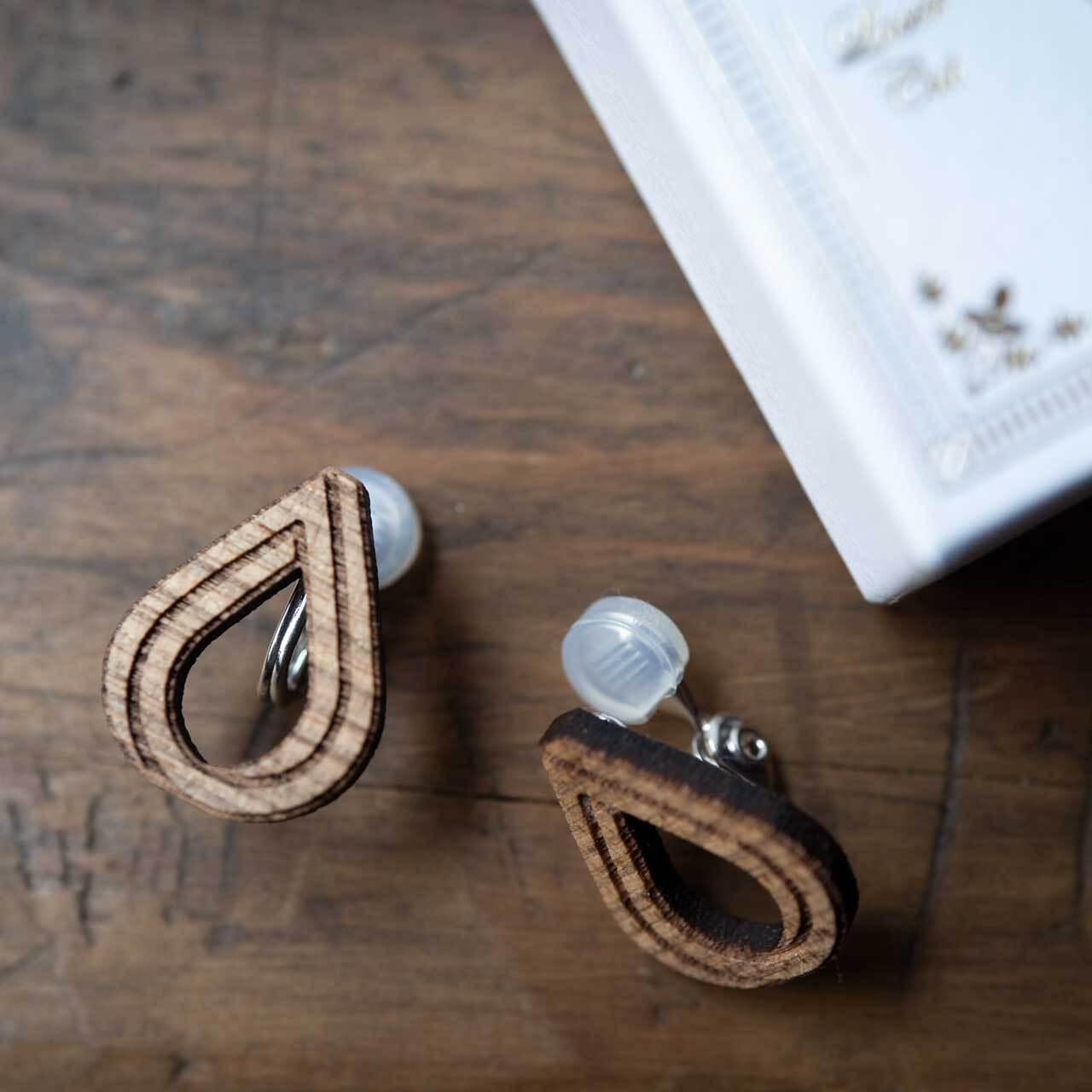 tears / ナミダ(Pierced Earring)