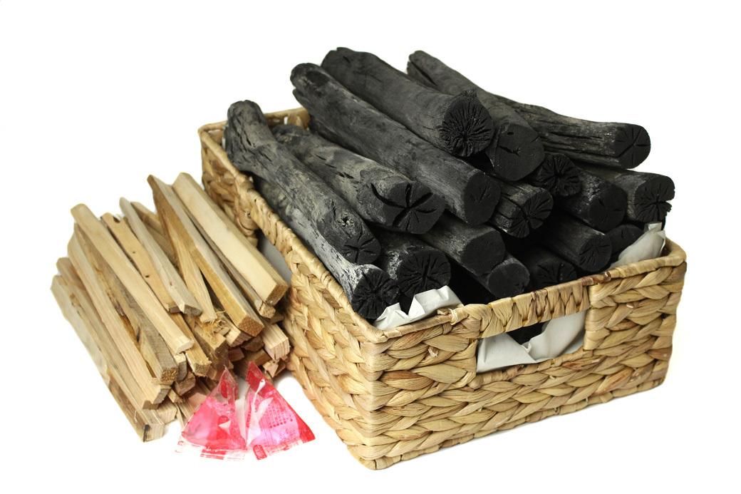 7日間かけて製炭する木炭職人の白炭4kg 着火剤セット