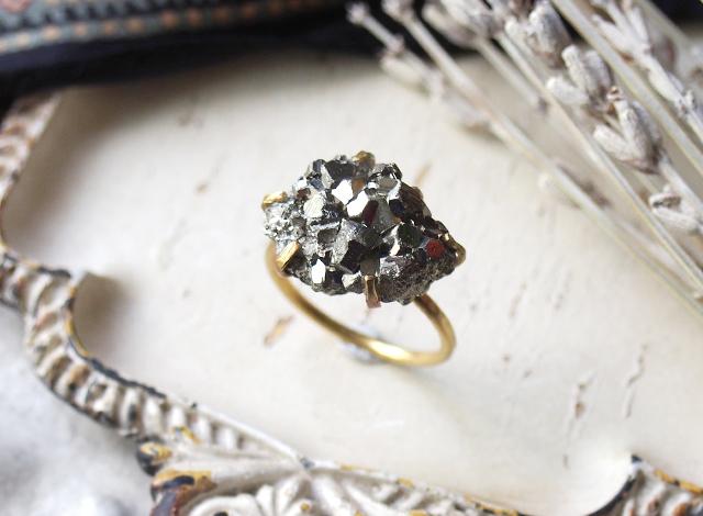 [一点物]原石のパイライトのリング