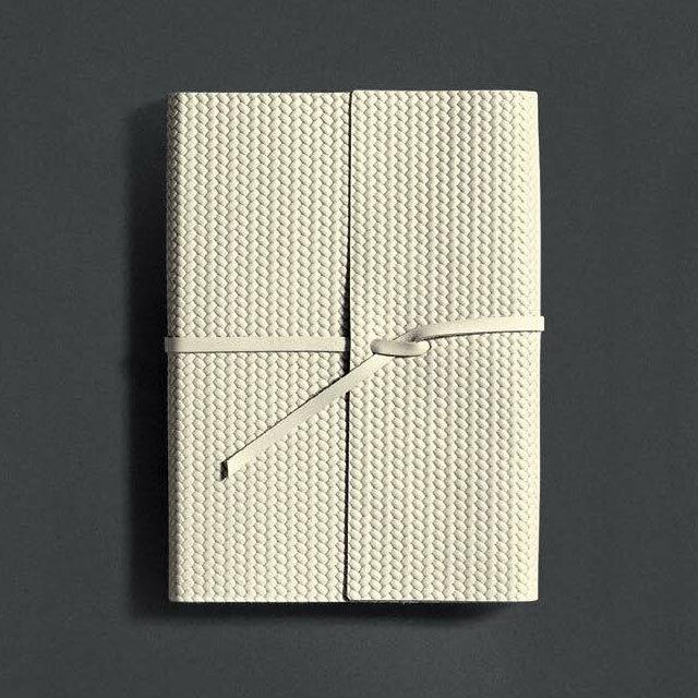 Pinetti Journal With String Ivory Paper / Firenze(ジャーナルウィズストリングアイボリーペーパー/フィレンツェ)L916-061