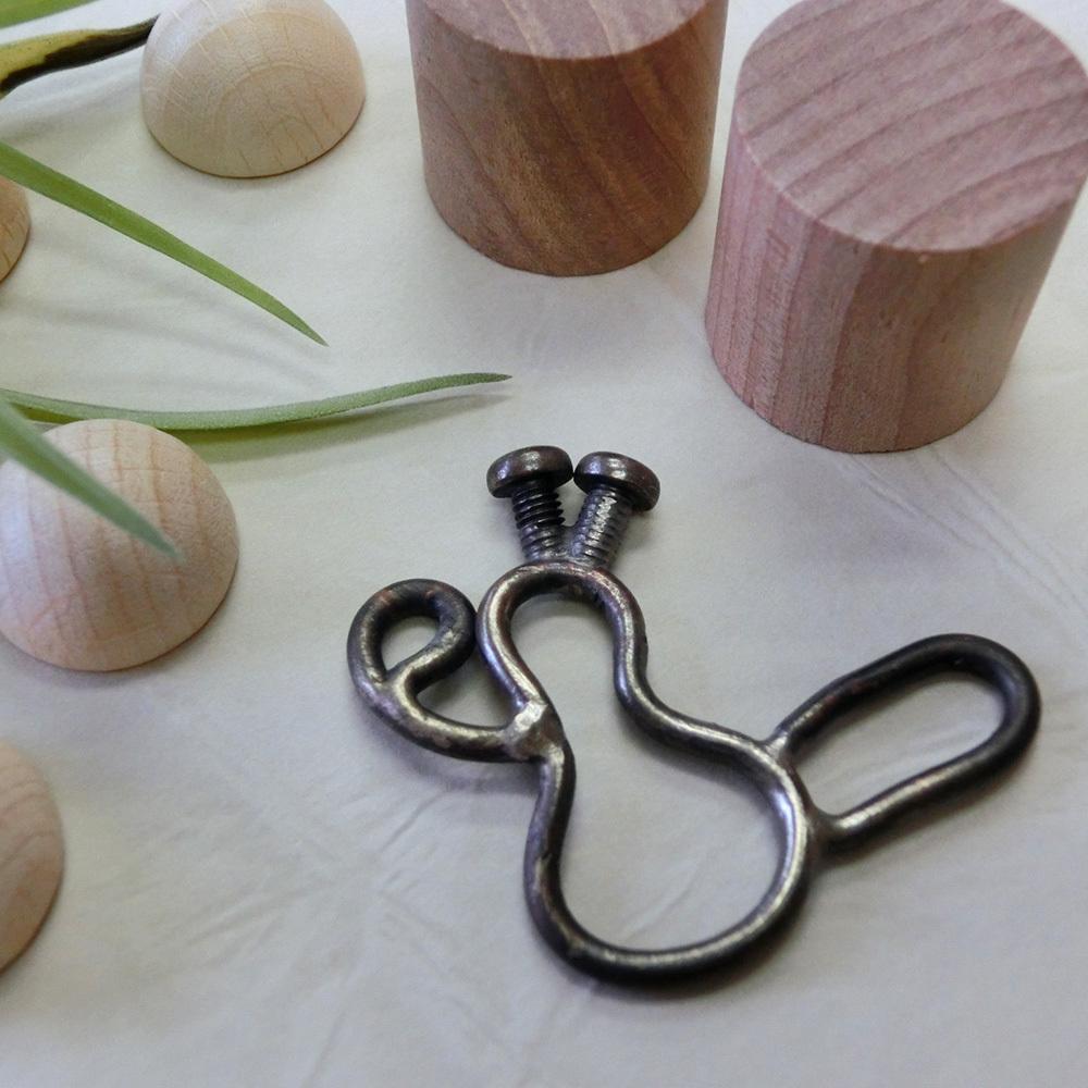 【ナスビマン】a       真鍮 ペンダントトップ ※革紐やチェーンは付属いたしません #1174