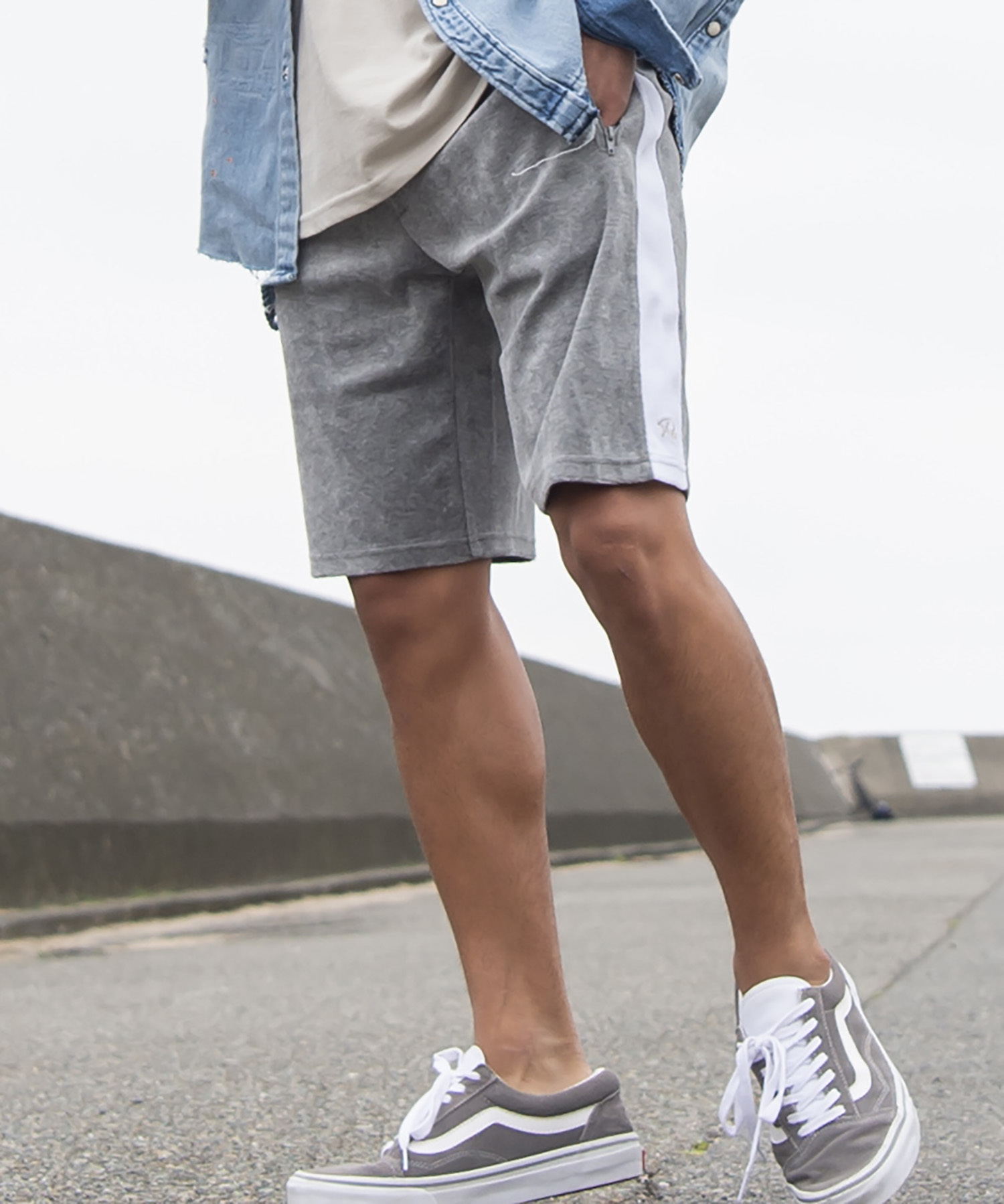 Re: SIDE LINE PILE SHORTS[REP044]