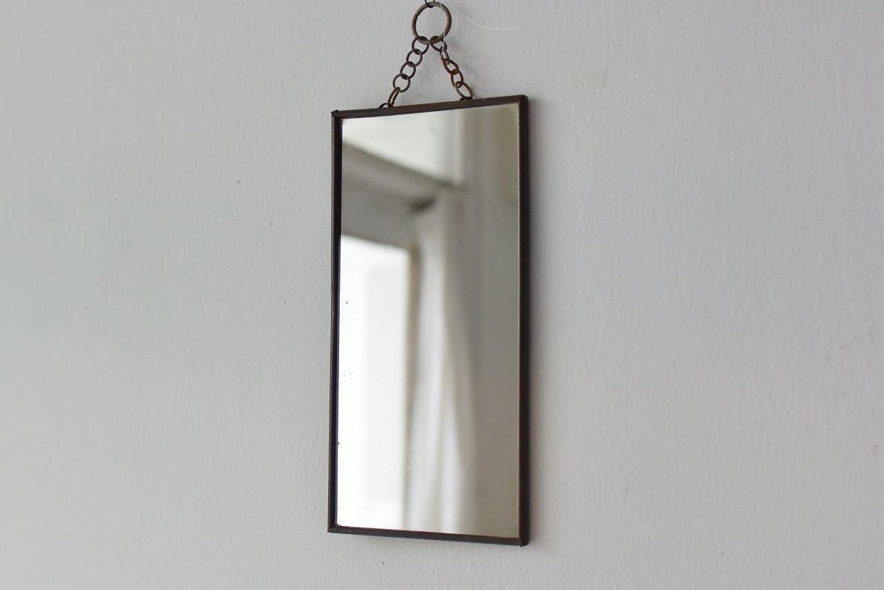 ブリキフレームの鏡