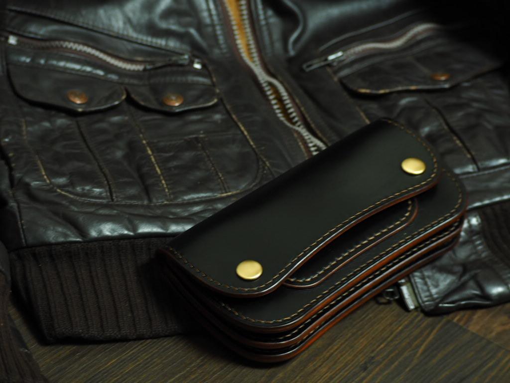 【HORWEEN社クロムエクセル《BK》】  トラッカーウォレットtype1 custom(サドルレザー裏貼り)