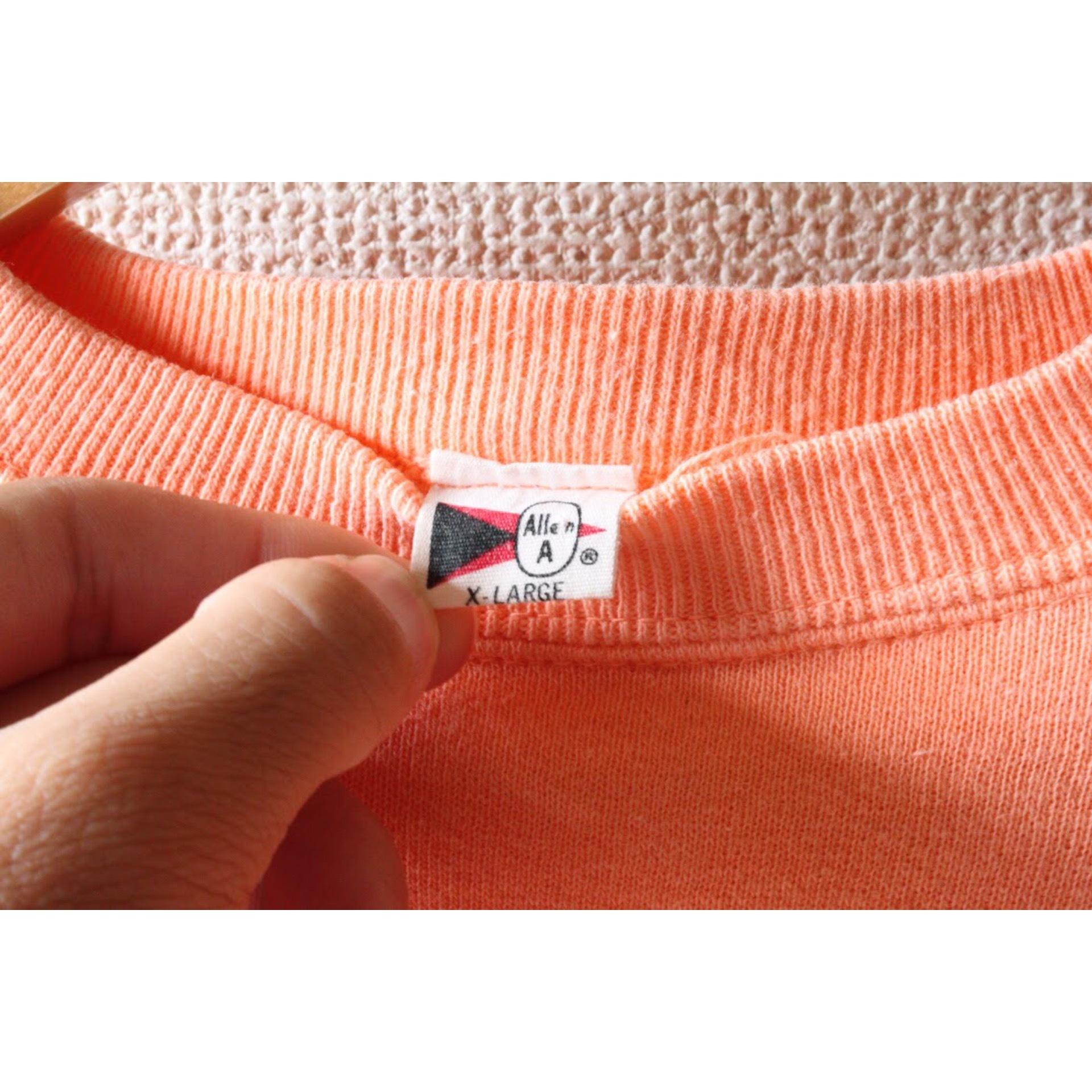 60s Vintage salmon pink sweater