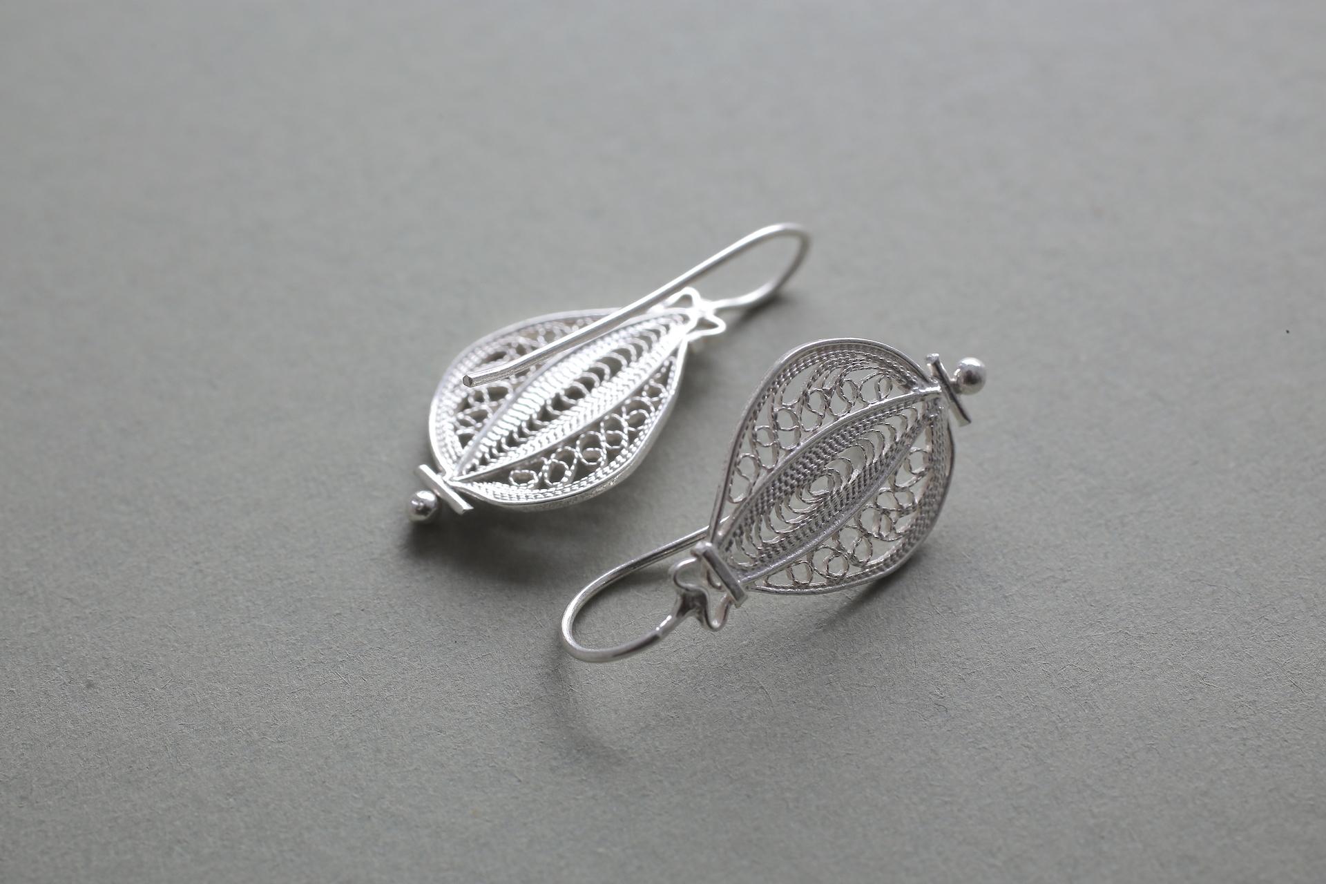 Suzuna(菘) - Earrings / Silver