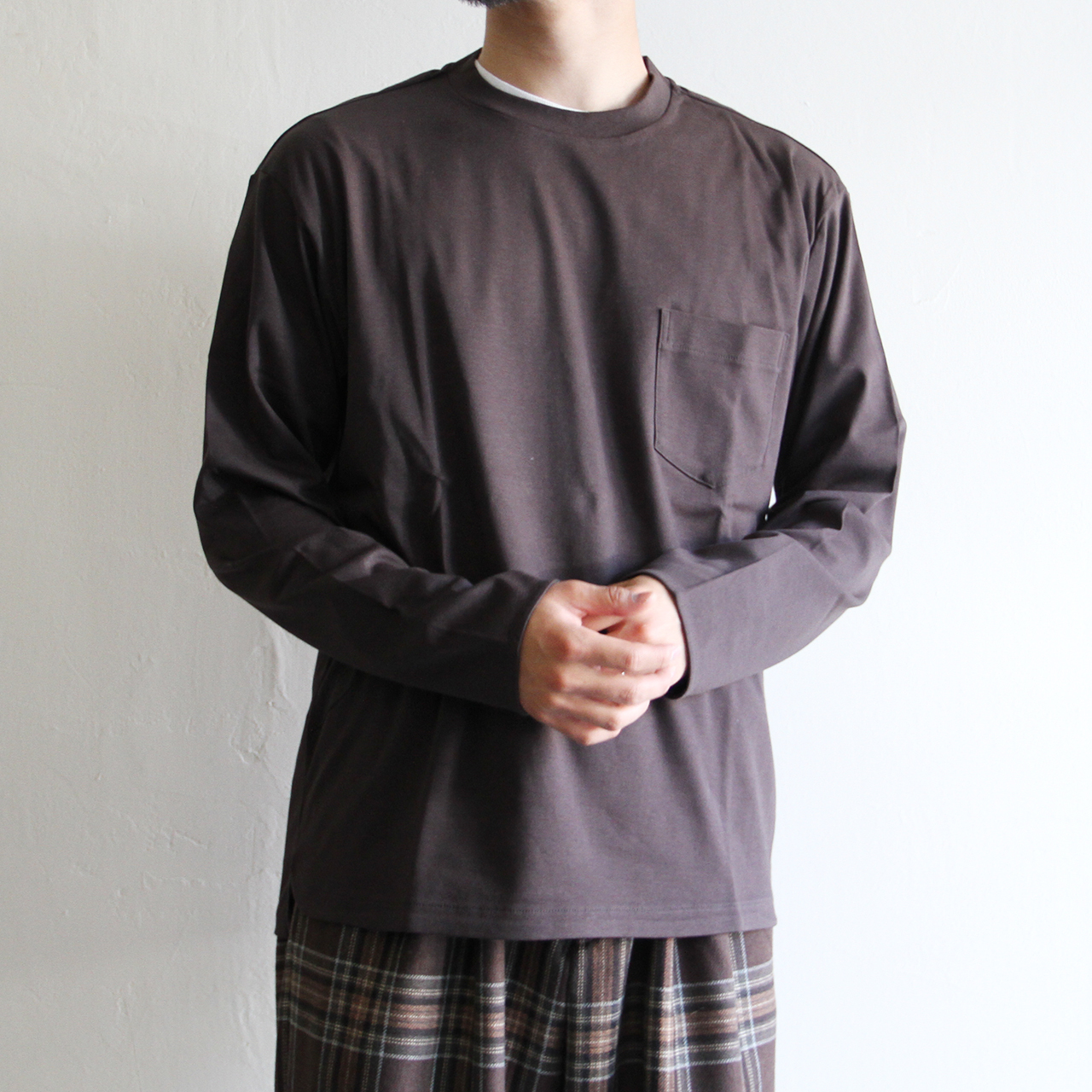 STILL BY HAND【 mens 】 long sleeve pocket tee
