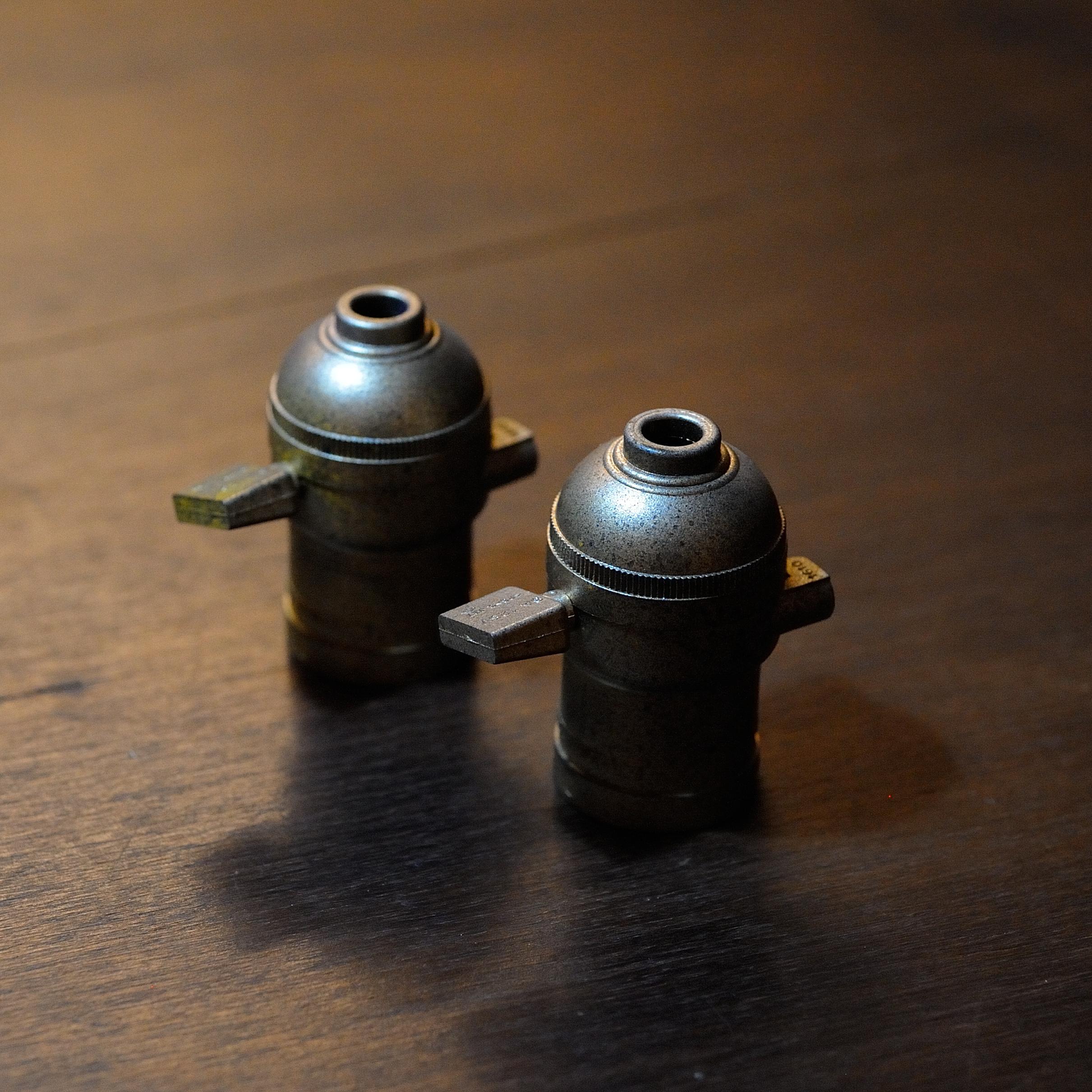 真鍮風ラジオソケット(電線なし)