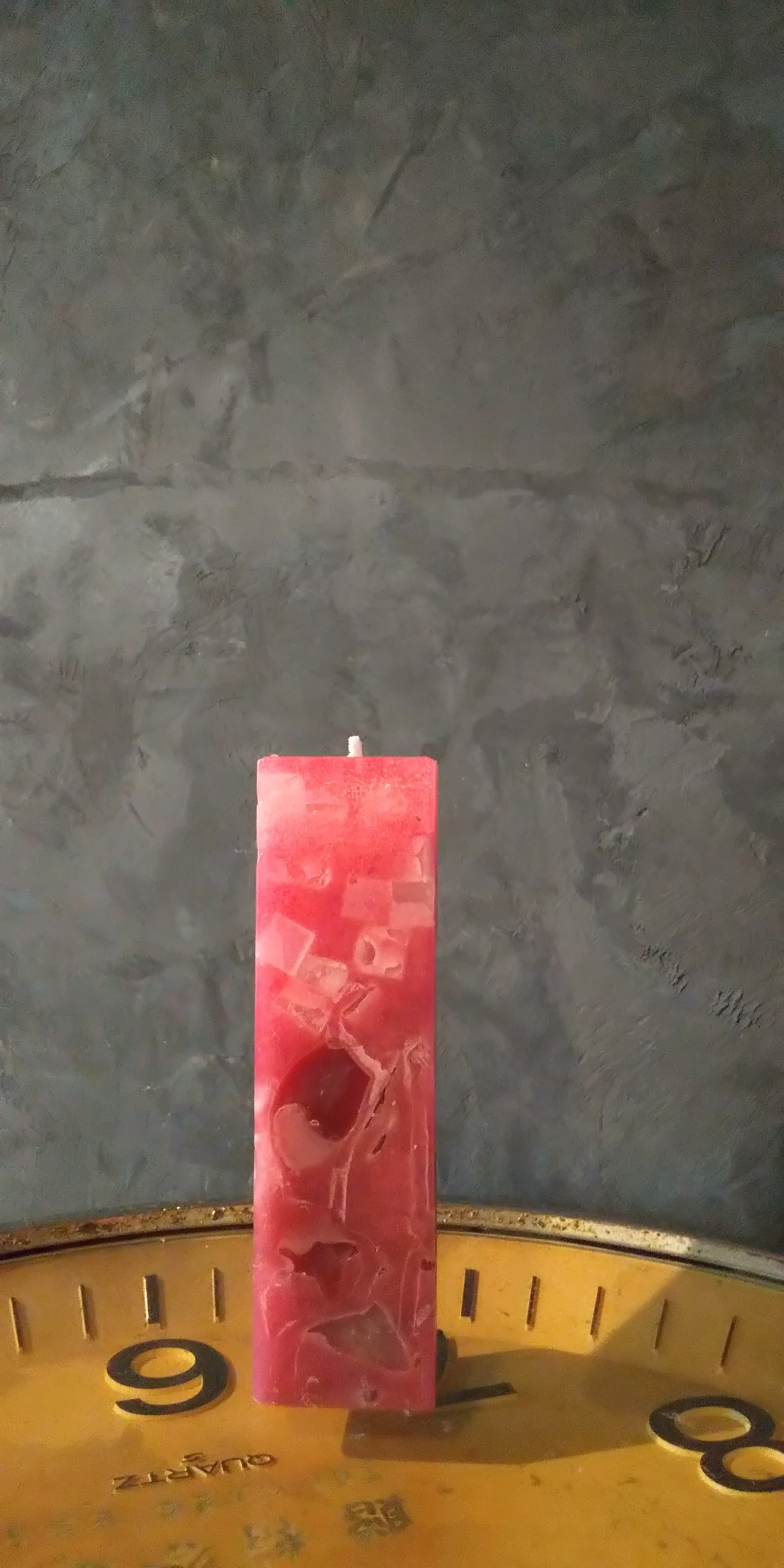 赤い蝋燭-四角ー