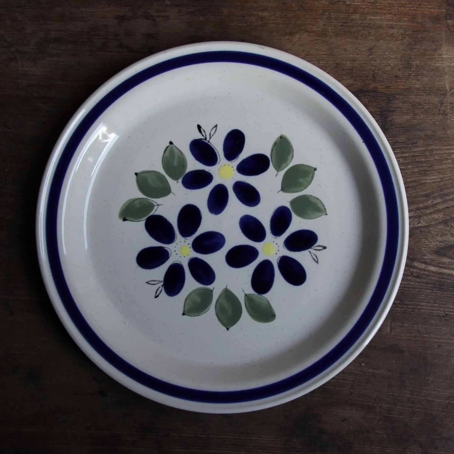 青の花柄 ストーンウェア 在庫1枚