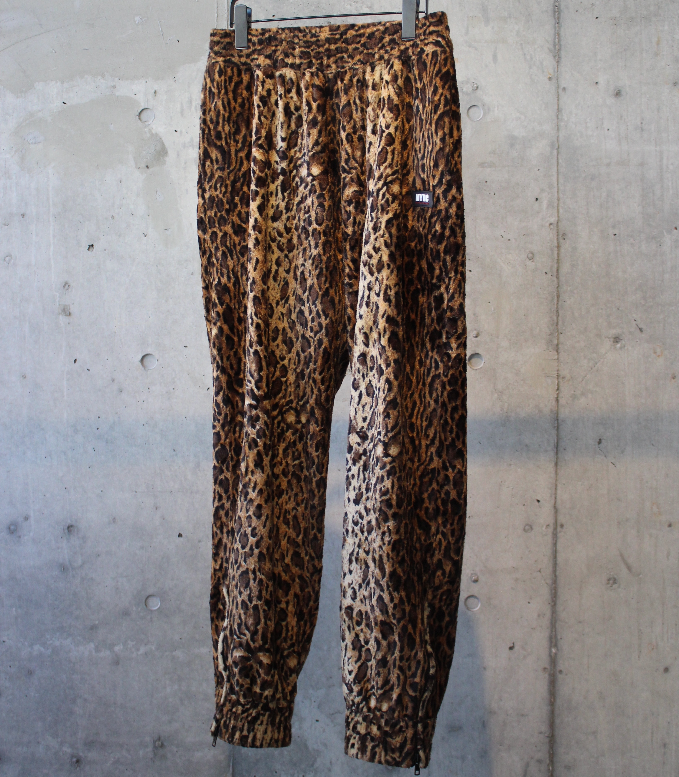 LEOPARD TRACK PANTS / BROWN - 画像1