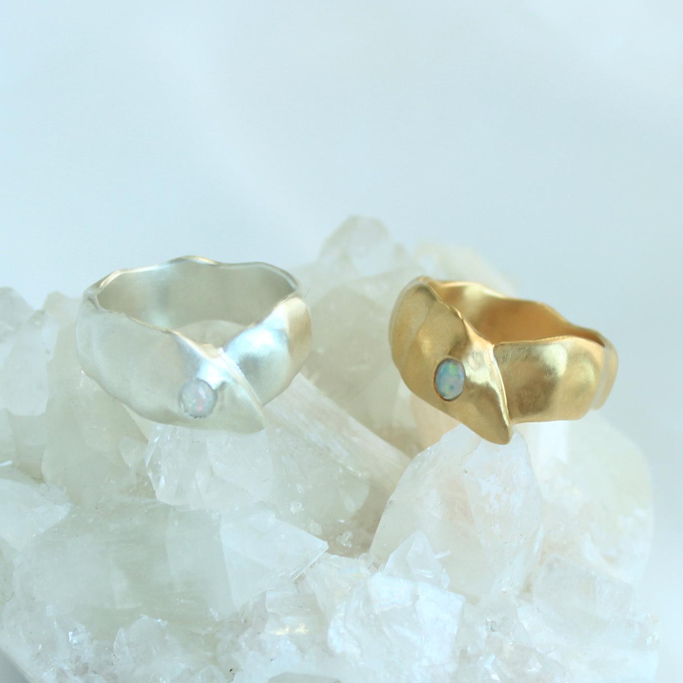 Ring /  Layer Gemstone