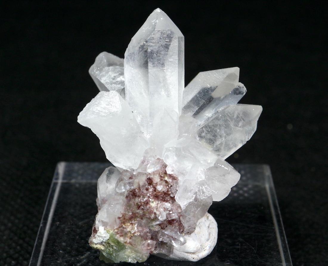 カリフォルニ産 水晶 + 鉄斧石 クオーツ 結晶 クリスタル QZ023  15,7g 鉱物 原石 天然石 パワーストーン
