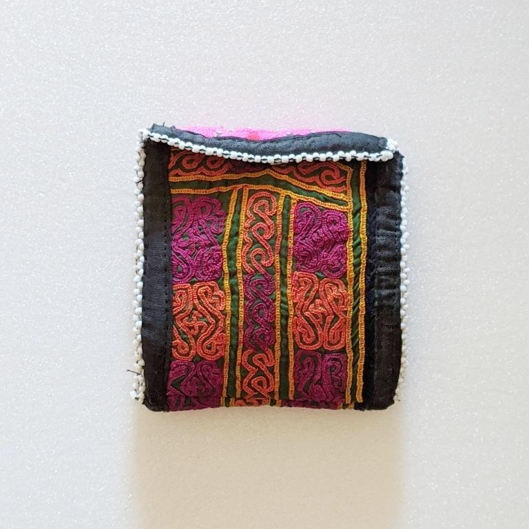 ◆出張中◆チェンマイ 民族古布を使ったポーチ