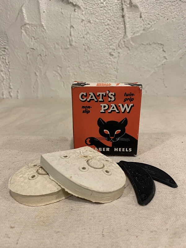 "RUBBER  SOLE  "" CAT'S PAW RUBBER HEELS WHITE SCOOP 7"""