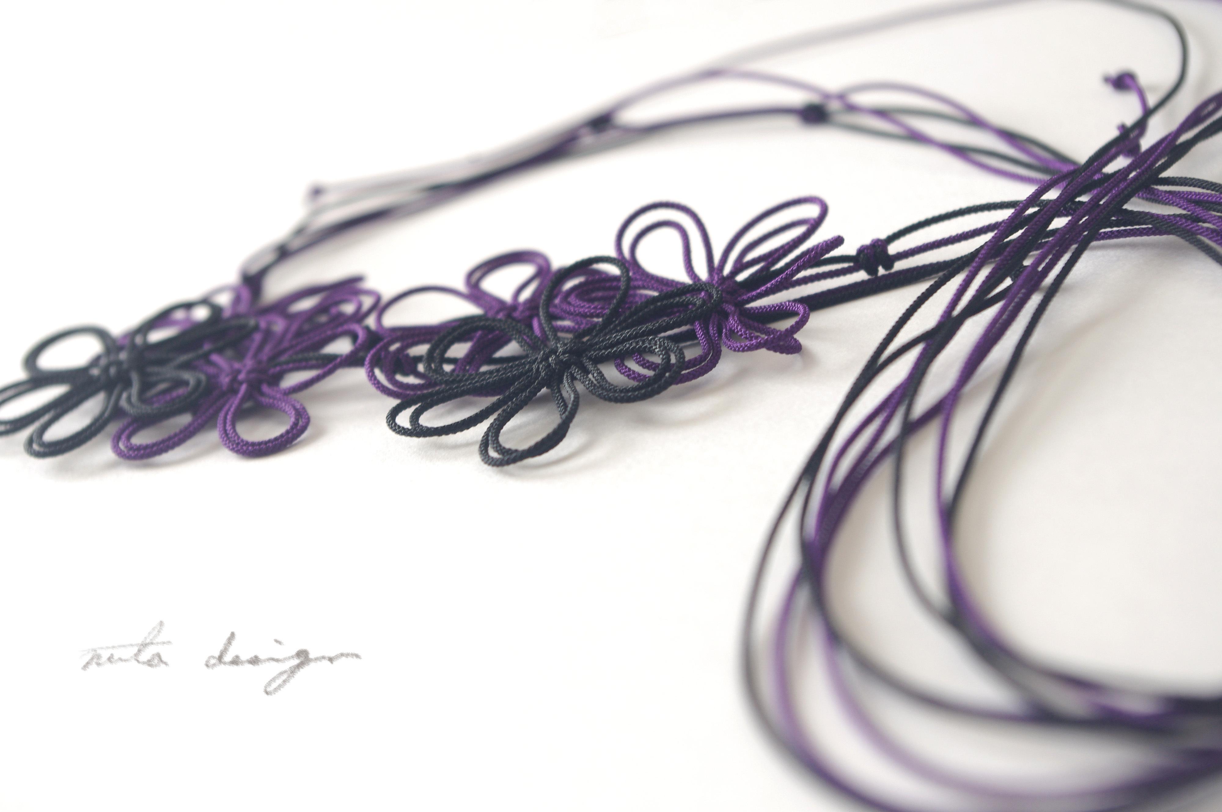 チョーカー「ツヤトシジマ」(黒×紫)