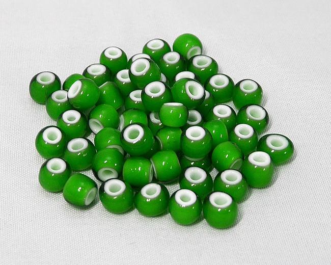 ホワイトハーツビーズ 緑色 丸7mm H2740WH14601
