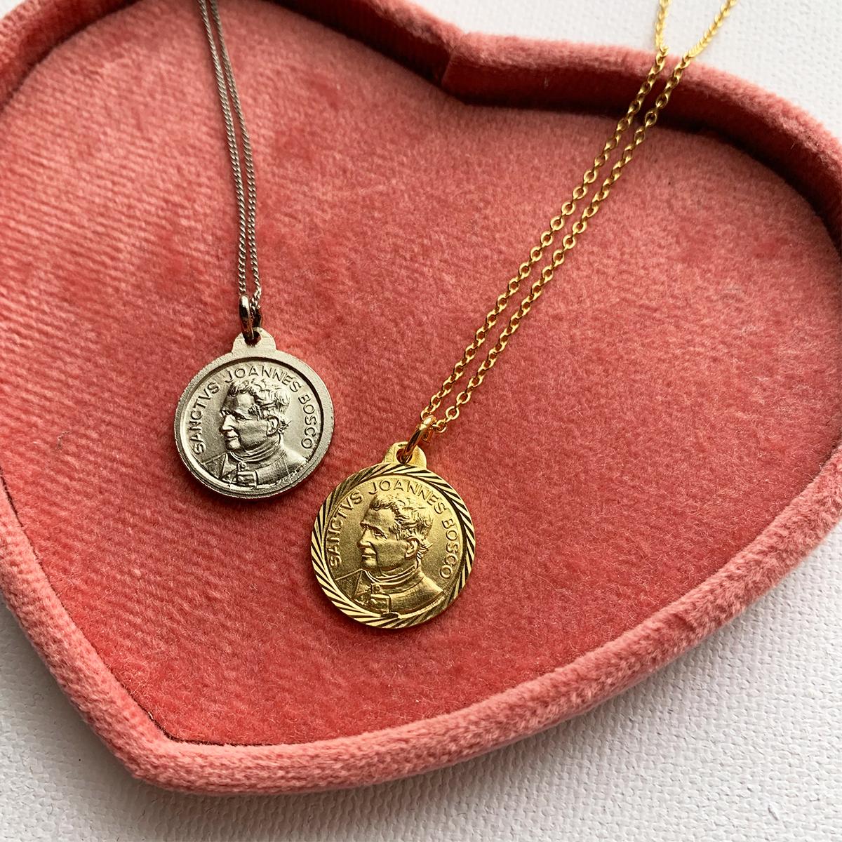 Medai Coin Necklace