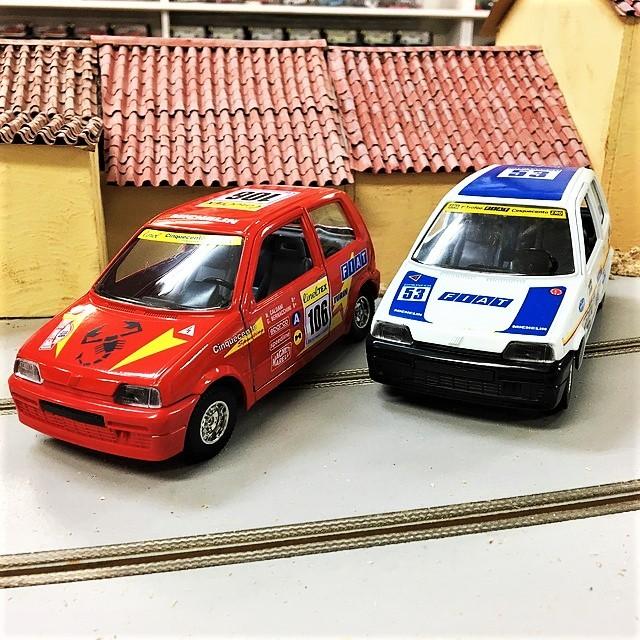 FIAT CINQUECENTO Auto da rally italiana 1/24 【Burago】【1セットのみ】【税込価格】