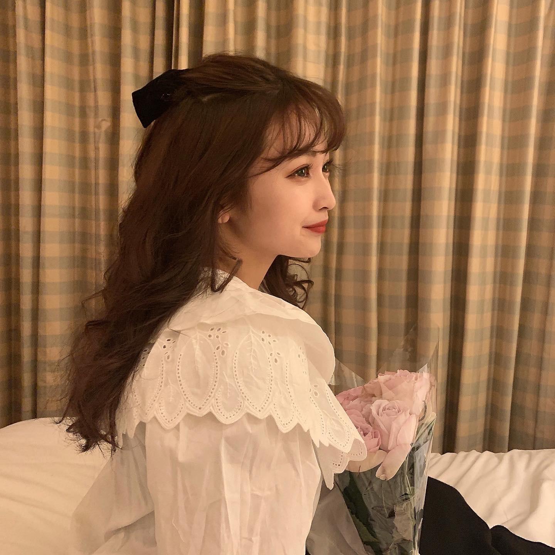 flower collar blouse
