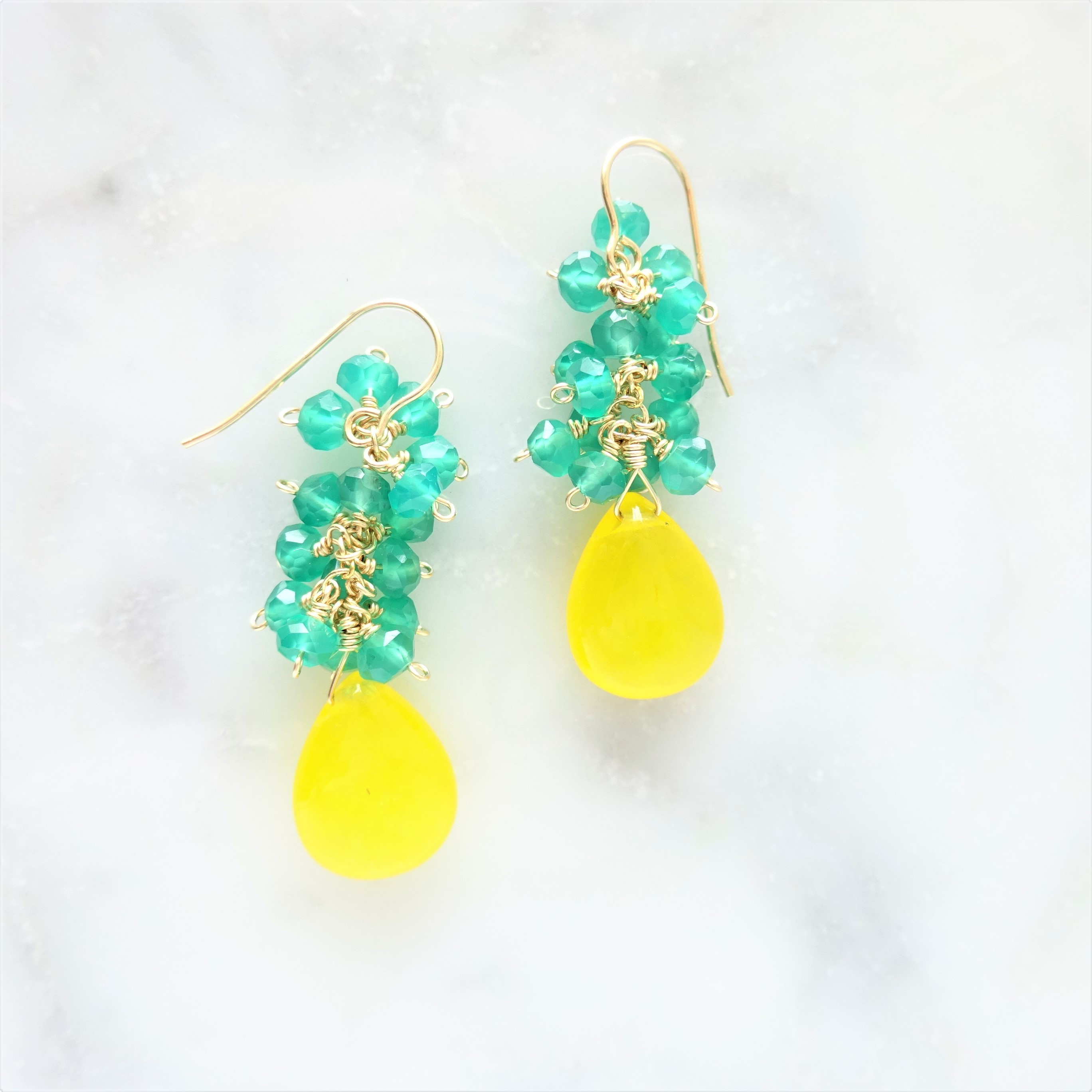 送料無料 14kgf*Pineapple motief Honey color Jade pierced earring / earring
