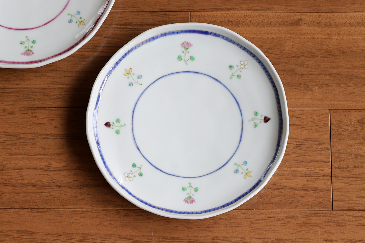 藍水 花暦(紺) 6寸皿 直径約18cmパン皿に使える大きさの器 うつわ藍水(波佐見焼)