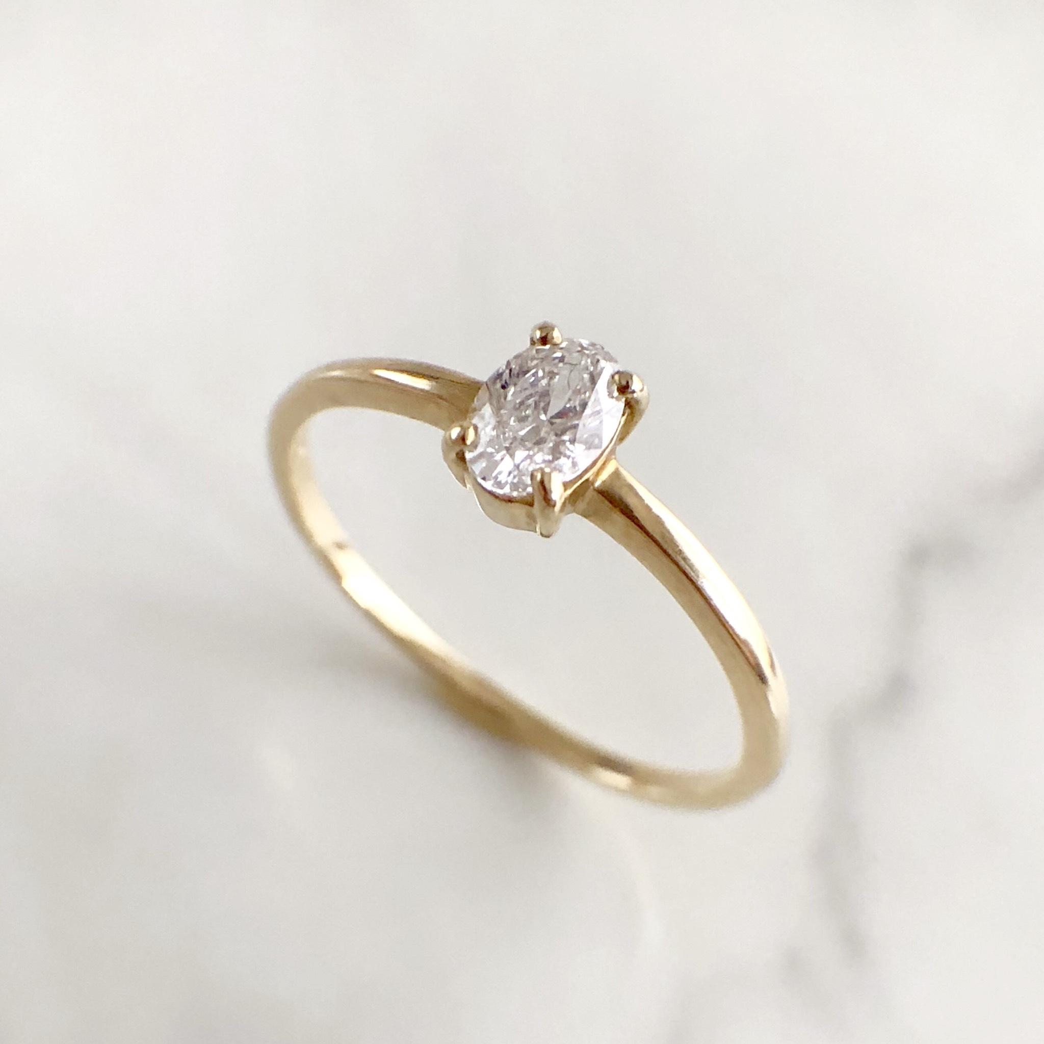 オーバルカット ダイヤモンド リング 0.223ct  K10イエローゴールド チェカ