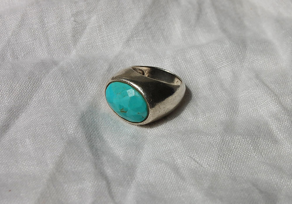vintage turquoise cutting ring