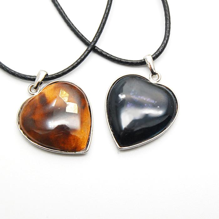 大ハートネックレス/ big heart necklace